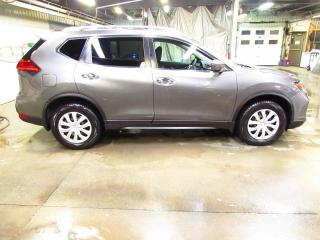 Used 2017 Nissan Rogue SV AWD CAMÉRA*MAIN LIBRE*SIÈGES CHAUFFAN for sale in Lévis, QC