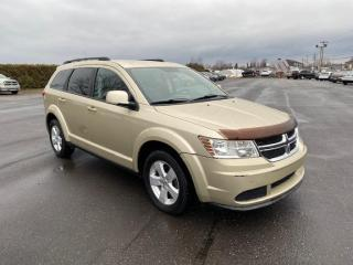 Used 2011 Dodge Journey Groupe valeur Canada for sale in Pintendre, QC