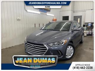 Used 2017 Hyundai Elantra Berline 4 portes, boîte automatique, TOI for sale in Alma, QC