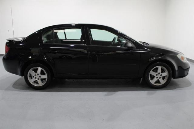 2010 Pontiac G5 WE APPROVE ALL CREDIT