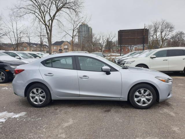 2017 Mazda MAZDA3 GX Photo4