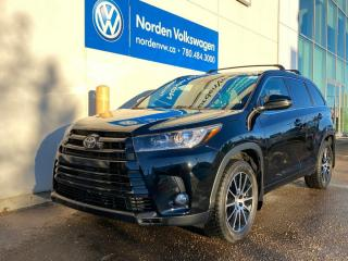 Used 2018 Toyota Highlander XLE / SE - LEATHER / SUNROOF / NAVI / 2 SETS OF TIRES for sale in Edmonton, AB