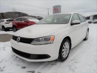 Used 2013 Volkswagen Jetta Comfortline 2,0L Auto for sale in Val-David, QC