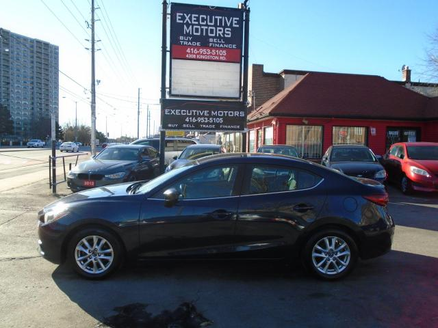2015 Mazda MAZDA3 GS/ REAR CAM / ALLOYS / PUSH START/ HEATED SEATS /