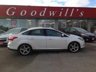 Used 2014 Ford Focus TITANIUM! HEATED LEATHER! SEATS! REMOTE START! BT! for sale in Aylmer, ON