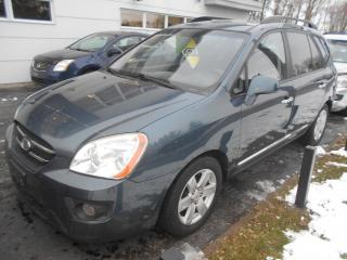 Used 2009 Kia Rondo Familiale 4 portes, 4 cyl. en ligne, LX for sale in Sorel-Tracy, QC