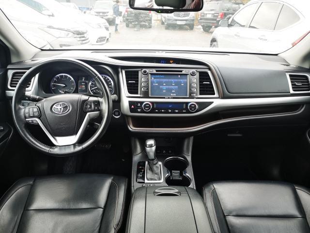 2014 Toyota Highlander XLE Photo13