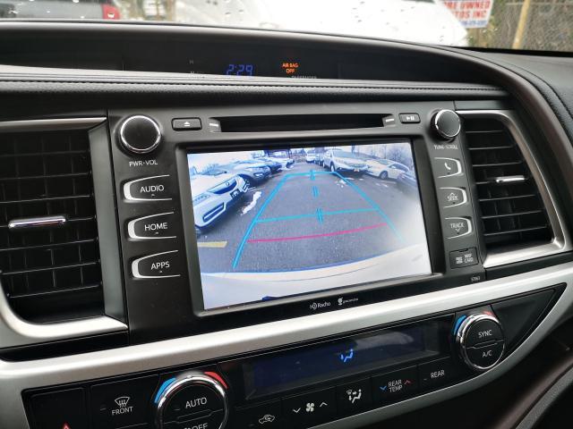 2014 Toyota Highlander XLE Photo17