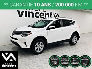 Used 2018 Toyota RAV4 LE ** GARANTIE 10 ANS ** VUS économique, pratique et à la fiabilité légendaire! for sale in Shawinigan, QC
