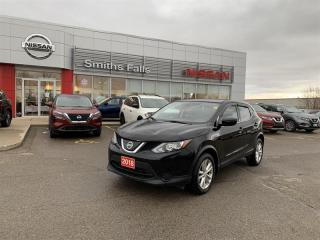 Used 2018 Nissan Rogue Sport S AWD CVT for sale in Smiths Falls, ON