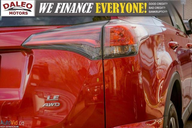 2017 Toyota RAV4 LE / BACK UP CAM / HEATED SEATS / Photo10