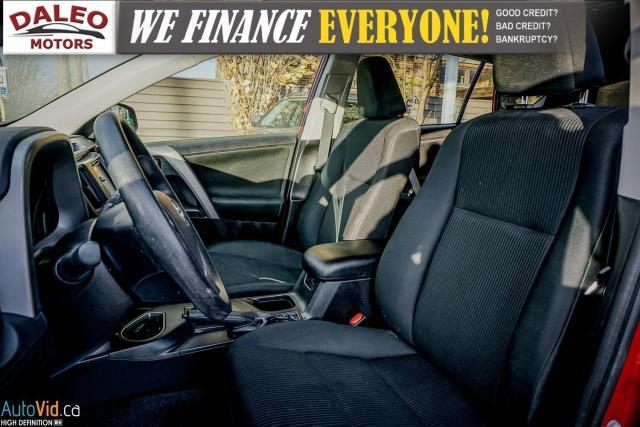 2017 Toyota RAV4 LE / BACK UP CAM / HEATED SEATS / Photo12