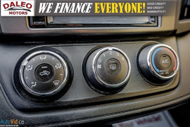 2017 Toyota RAV4 LE / BACK UP CAM / HEATED SEATS / Photo21
