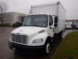 Used 2014 Freightliner M2106 16 Feet Cube Van with Hydraulic Brake And Power Tailgate for sale in Burnaby, BC