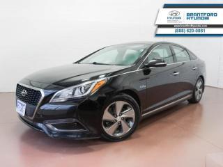 Used 2016 Hyundai Sonata Hybrid 1 OWNER | BACK UP CAM | BLUETOOTH | NAV  - $121 B/W for sale in Brantford, ON