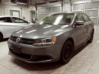 Used 2013 Volkswagen Jetta AUTOMATIQUE COMFORTLINE TOIT OUVRANT for sale in Ste-Julie, QC