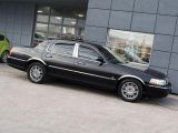 Photo of Black 2009 Lincoln Town Car