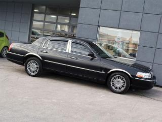 Used 2009 Lincoln Town Car Signature Limited 6 Passengers for sale in Toronto, ON