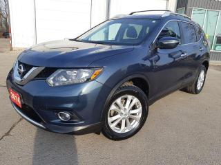 Used 2014 Nissan Rogue SV AWD for sale in Beamsville, ON