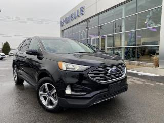 Used 2019 Ford Edge SEL AWD TOIT ouvrant GPS for sale in St-Eustache, QC