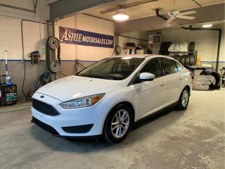 Used 2015 Ford Focus 4DR SDN SE for sale in Kingston, ON