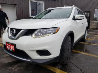 Used 2016 Nissan Rogue S-1 OWNER OFF LEASE-REAR CAMERA-BLUETOOTH for sale in Tilbury, ON