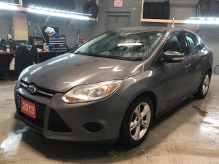 Used 2013 Ford Focus SE * MicroSoft Sync * Flex Fuel * Cruise Control * Steering Wheel Controls * Hands Free Calling *  Automatic Headlights* Keyless Entry * Automatic Dri for sale in Cambridge, ON
