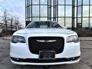 Used 2018 Chrysler 300 300S | PANORAMIC|HEATED SEATS|REAR VIEW|ALLOYS|NAVIGATION! for sale in Brampton, ON