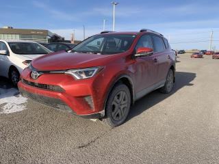 Used 2016 Toyota RAV4 * FWD * LE * CAMERA DE RECUL * SIEGES CHAUFFANTS * for sale in Mirabel, QC