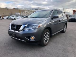 Used 2016 Nissan Pathfinder 7 PASSENGERS/ 4WD for sale in Oakville, ON