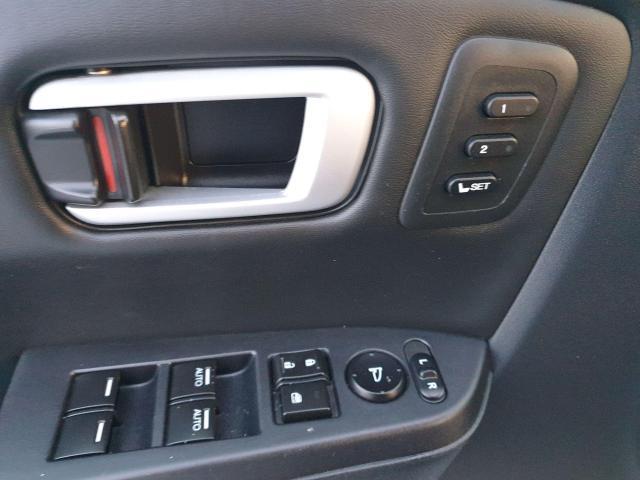 2011 Honda Pilot Touring Photo17