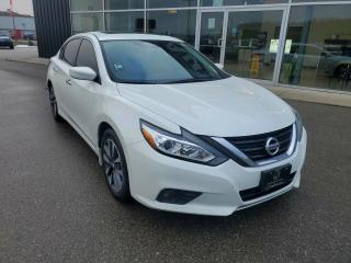 Used 2017 Nissan Altima 2.5 SV NEW TIRES & FRONT BRAKES, Remote Start, Sunroof, Heated Seats & Wheel, B/U Cam!!! for sale in Ingersoll, ON