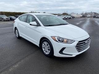 Used 2017 Hyundai Elantra LE for sale in Pintendre, QC