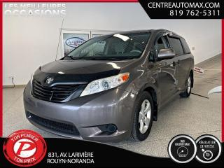 Used 2012 Toyota Sienna CE ( frais vip 395$ non inclus) for sale in Rouyn-Noranda, QC