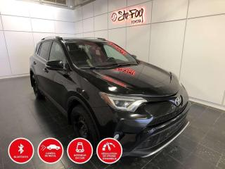 Used 2016 Toyota RAV4 SE - AWD - TOIT OUVRANT for sale in Québec, QC