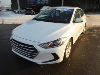 Used 2018 Hyundai Elantra LE,Auto,A/C,BANCS CHAUFF,BLUETOOTH,VITRES ÉLECT. for sale in Mirabel, QC