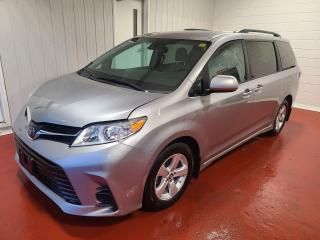 Used 2018 Toyota Sienna LE for sale in Pembroke, ON