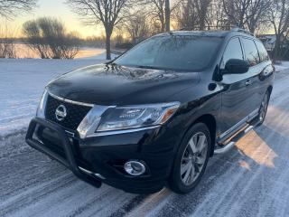 Used 2014 Nissan Pathfinder Platinum for sale in Roxboro, QC