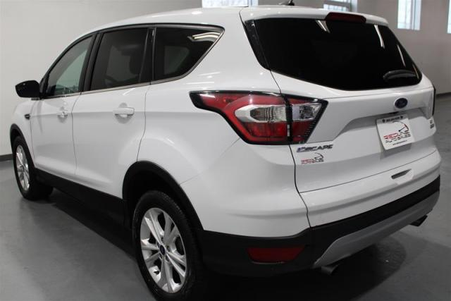 2017 Ford Escape WE APPROVE ALL CREDIT