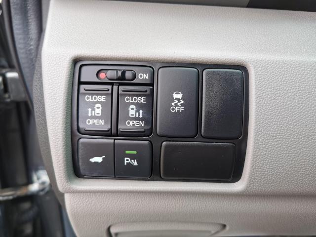 2012 Honda Odyssey EX-L Photo13