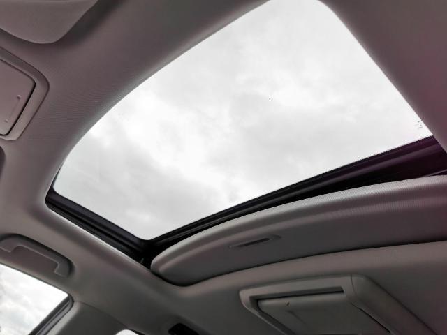 2012 Honda Odyssey EX-L Photo23