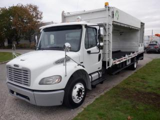 Used 2008 Freightliner M2106 20.5 Foot Flat Deck Diesel with Air Brakes for sale in Burnaby, BC