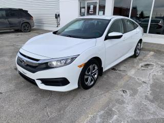 Used 2016 Honda Civic 4 portes, boîte manuelle, LX for sale in Rivière-Du-Loup, QC