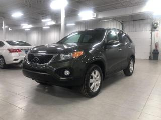 Used 2011 Kia Sorento LX for sale in St-Eustache, QC