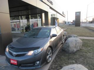 Used 2014 Toyota Camry SE for sale in Nepean, ON