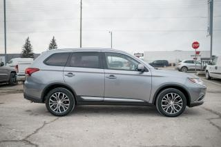 Used 2016 Mitsubishi Outlander ES SUNROOF/UCCONECT/REAR CAMERA for sale in Concord, ON