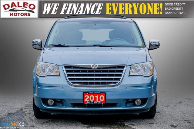 2010 Chrysler Town & Country TOURING / 7 PASSENGERS / BACKUP CAM / LEATHER / Photo2