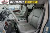 2010 Chrysler Town & Country TOURING / 7 PASSENGERS / BACKUP CAM / LEATHER / Photo40