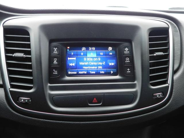 2015 Chrysler 200 Limited|SUNROOF|BLUETOOTH|USB/AUX