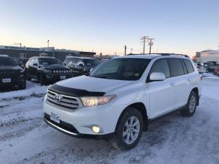 Used 2013 Toyota Highlander V6 4WD 4dr *Heated Seats* *Bluetooth* for sale in Brandon, MB